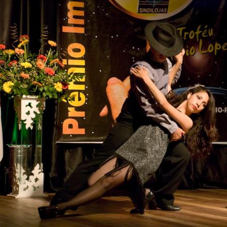 tango-square